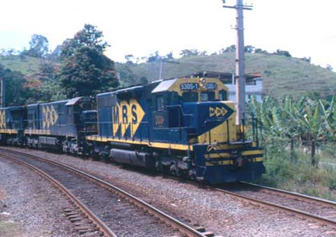 Locomotiva-SD40-3MP-MRS-5305
